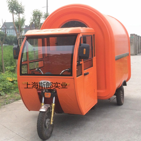With cab electric three-wheeled snack car spicy hot Kandong boiled iron plate burning multi-functional mobile fast food car