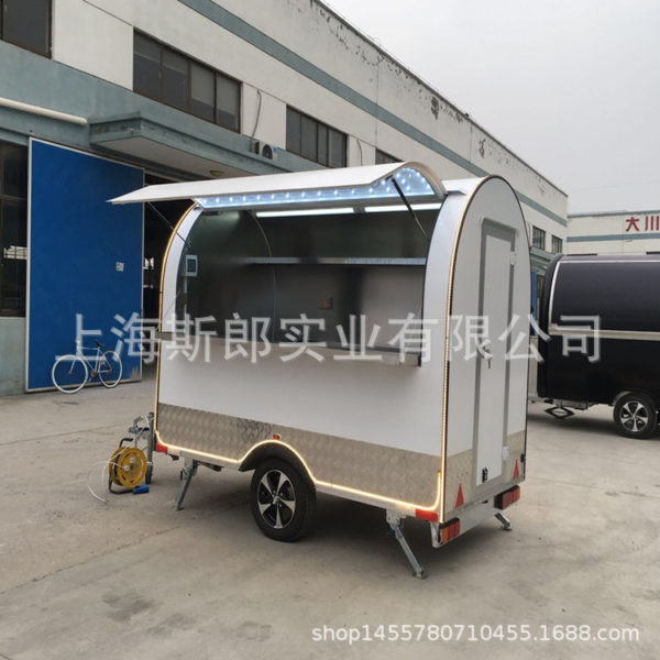 The new factory exports Europe and the United States standard mobile snack car barbecue spicy hot iron plate burning multi-functional food truck