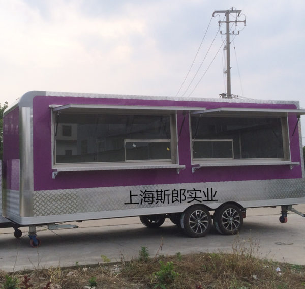 Specializing in the production of large-scale tractor tourist dining car export foreign trailer-style food truck room-type snack car